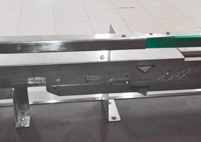 Sistema automatico di movimentazione carrelli per laboratori di panificazione e pasticceria
